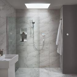 Aqualisa Quartz Classic concealed with adjustable head - Gravity Pumped QZD.A2.BV.20